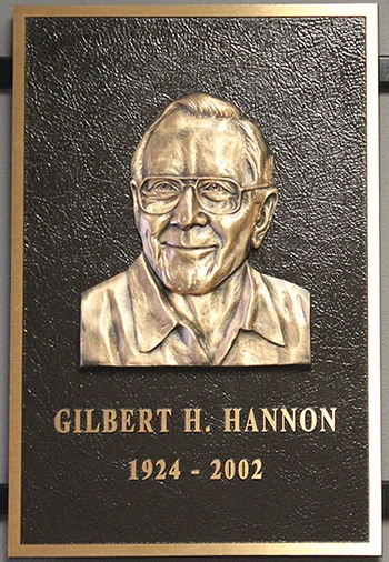 Gil Hannon retires from HART Design & Manufacturing in 1987