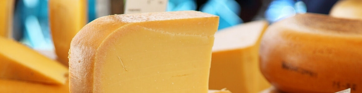 hart-design-manufacturing-cheddar-cheese